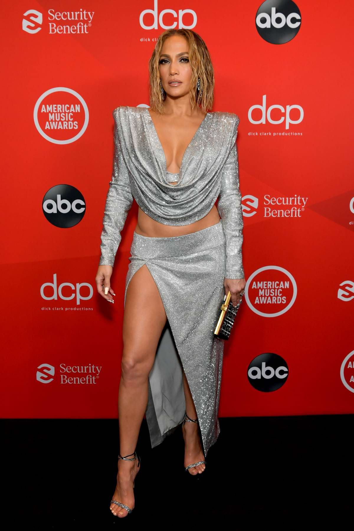 Jennifer Lopez attends the 2020 American Music Awards at the Microsoft Theater in Los Angeles