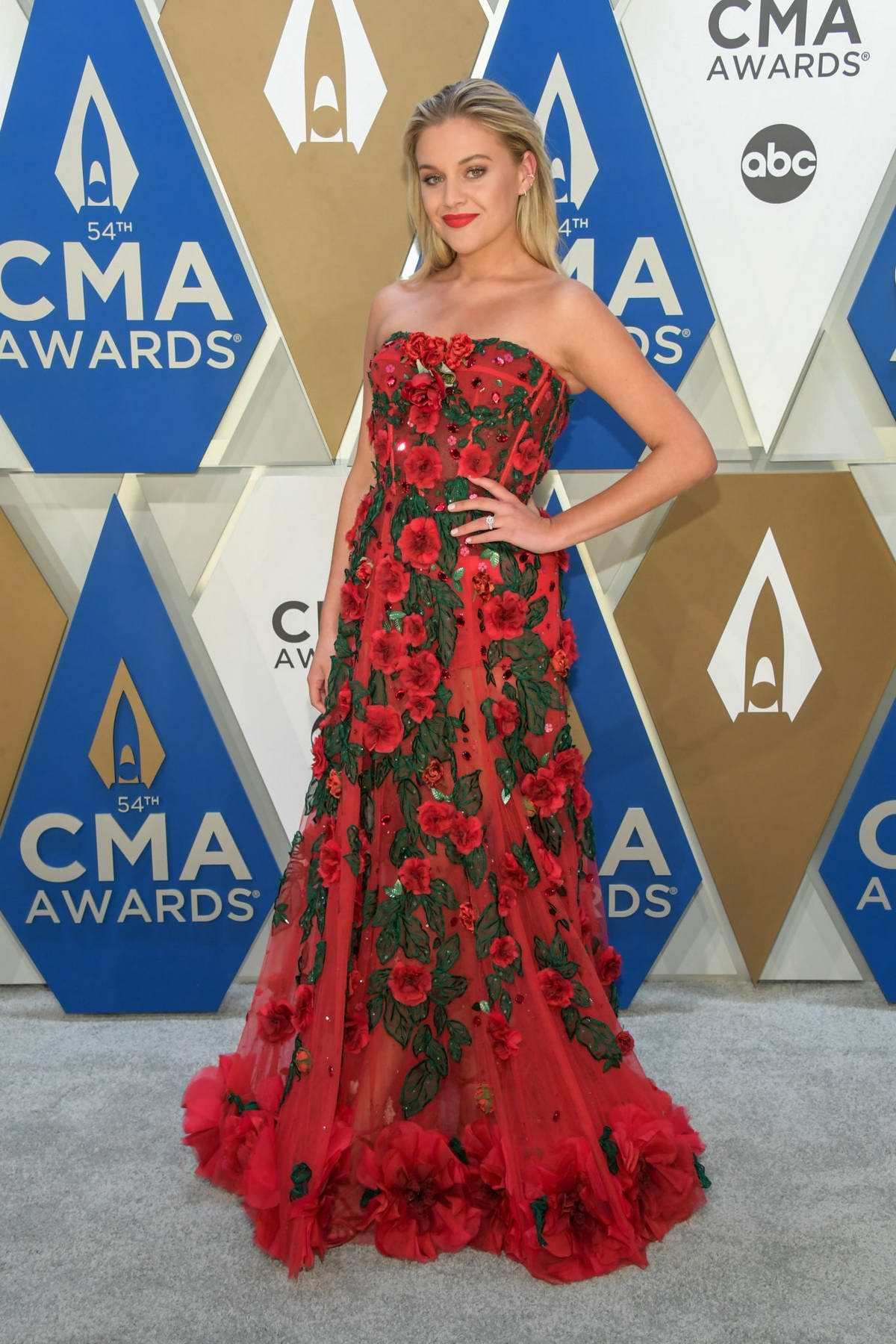 Kelsea Ballerini attends the 54th annual CMA Awards at the Music City Center in Nashville, Tennessee
