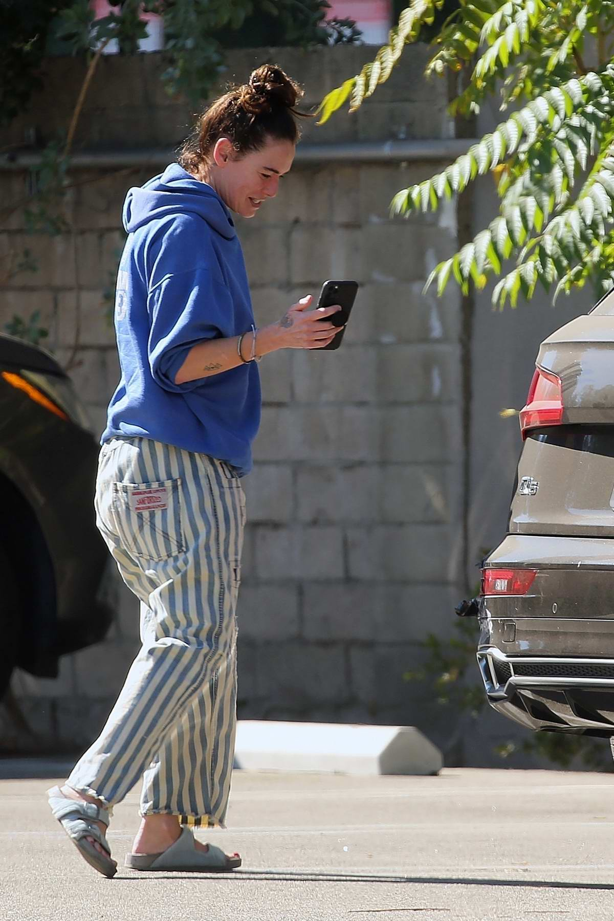 Lena Headey gets rear-ended in her brand new Audi while out running errands on Ventura Blvd in Encino, California