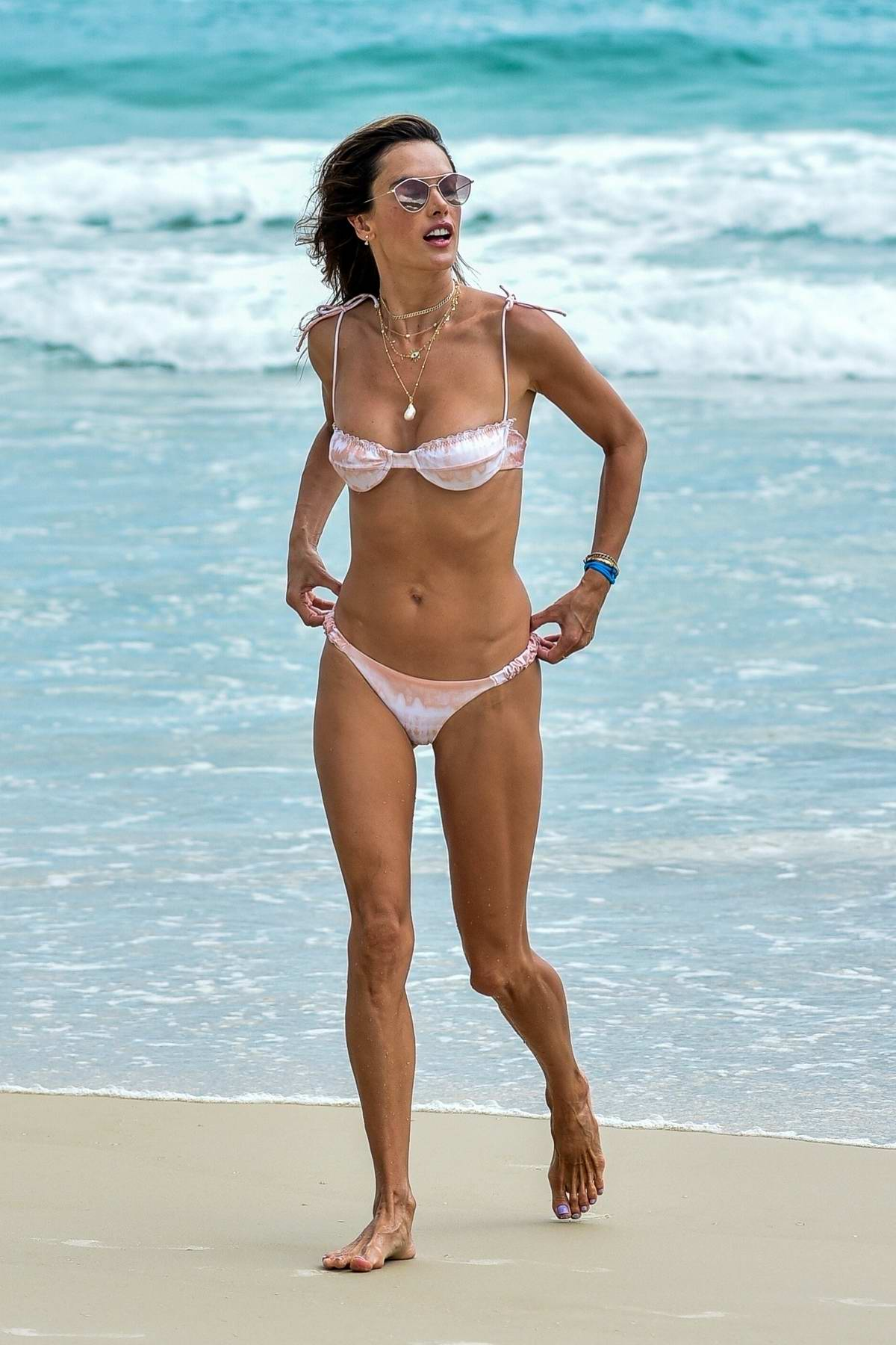 Alessandra Ambrosio shows off her incredible figure in a bikini during a relaxing day at the beach in Florianopolis, Brazil