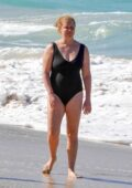 Amy Schumer soaks up the sun while enjoying Christmas day at the beach with her family in St Barts, France