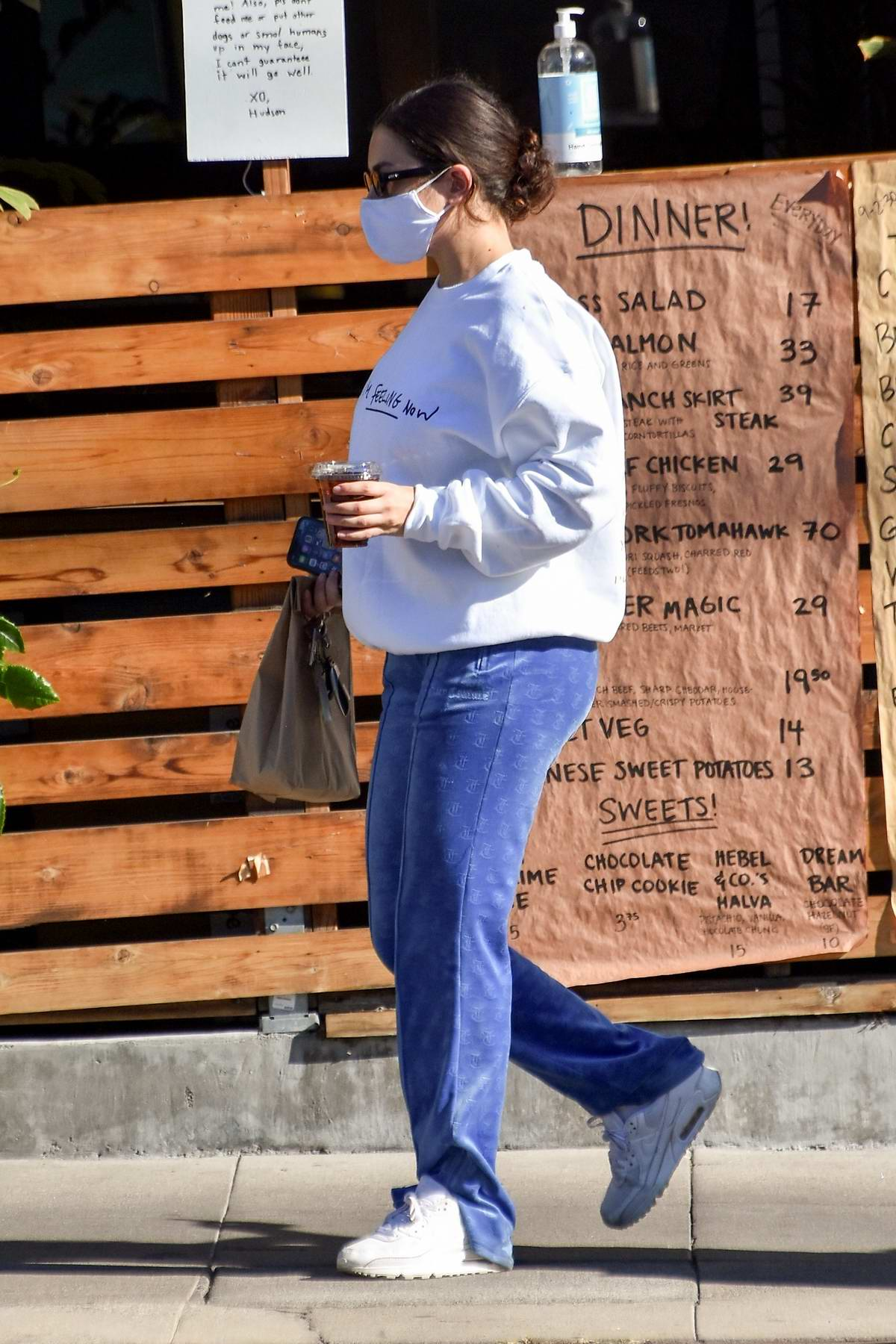 Charli XCX seen making a stop to pick up her lunch to go in Los Feliz, California