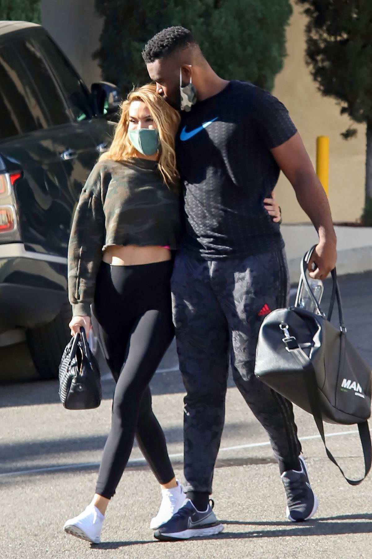 Chrishell Stause seen all loved up after a tandem workout with new boyfriend Keo Motsepe in Beverly Hills, California