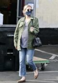 Emma Roberts steps out to run a few errands with her mother in Los Feliz, California