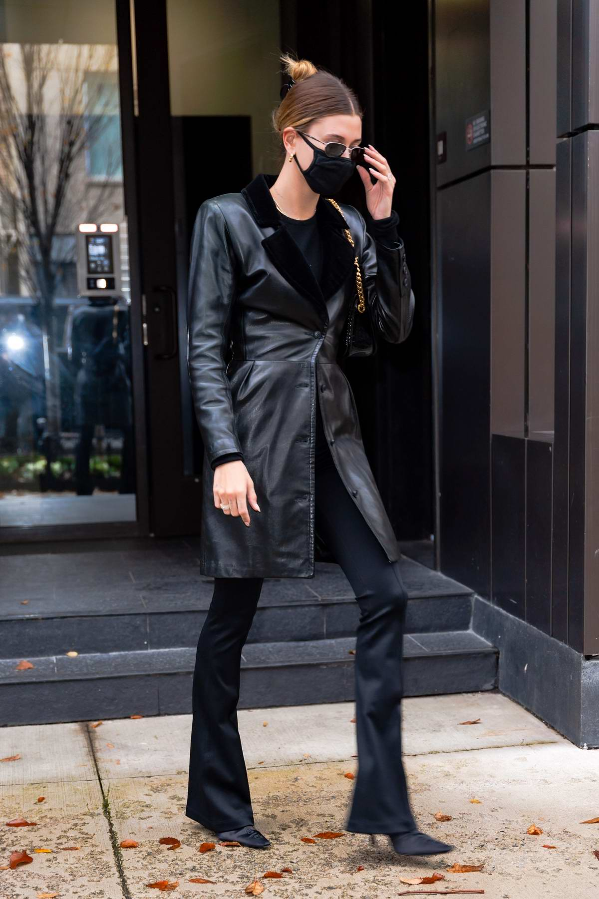 Hailey Bieber looks chic in all-black as she leaves her apartment and heads for a photoshoot at Pier 59 Studio in New York City