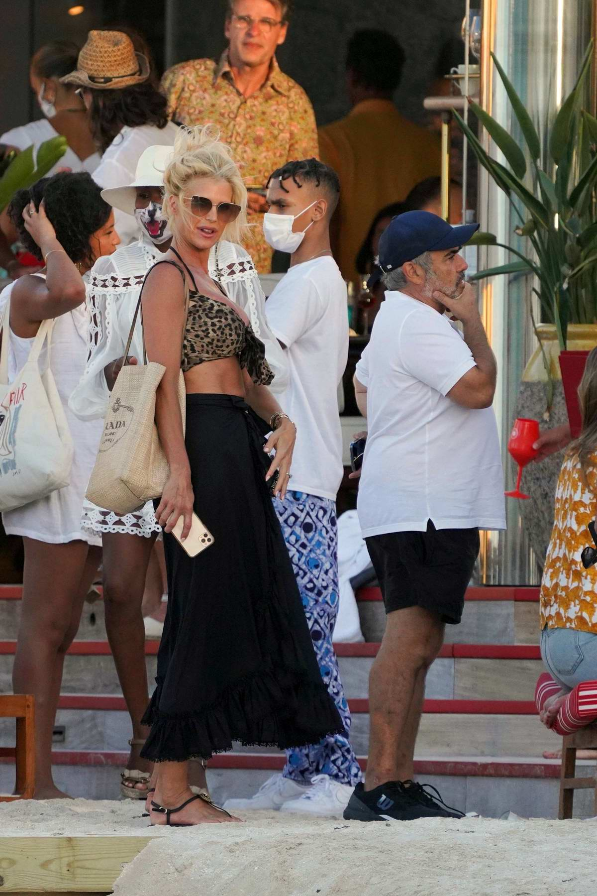 Victoria Silvstedt and boyfriend Maurice Dabbah meet with friends at Eden Rock hotel in St Barth, France