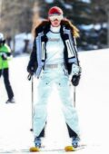 Bella Hadid keeps it stylish as she gets ready to hit the slopes with friends in Aspen, Colorado