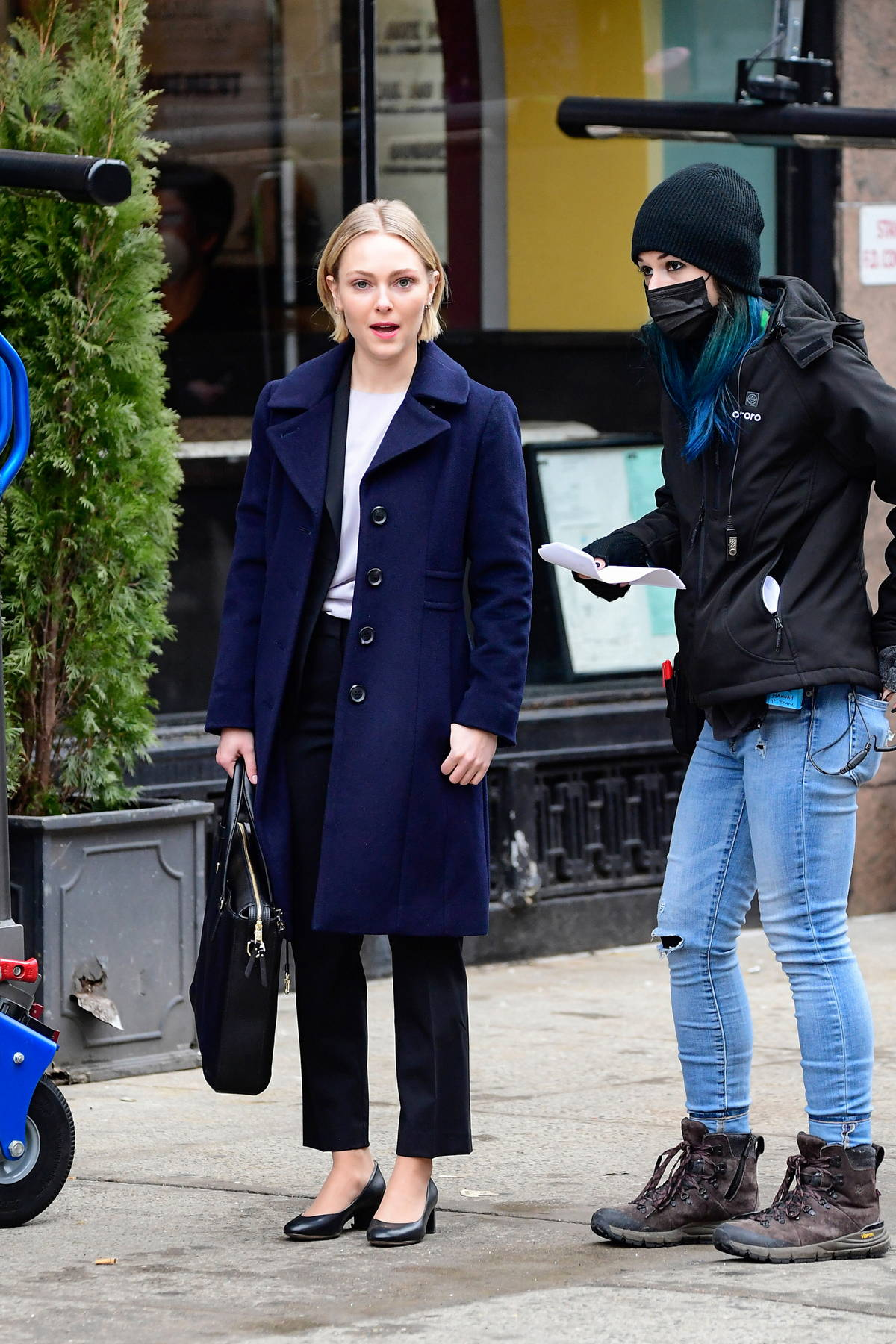 AnnaSophia Robb, Alec Baldwin, and Christian Slater spotted on set of 'Dr Death' in New York City