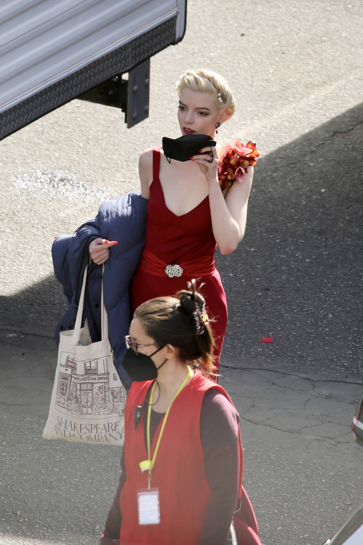 Anya Taylor-Joy and Margot Robbie spotted on the set of David O Russell's untitled project in Los Angeles