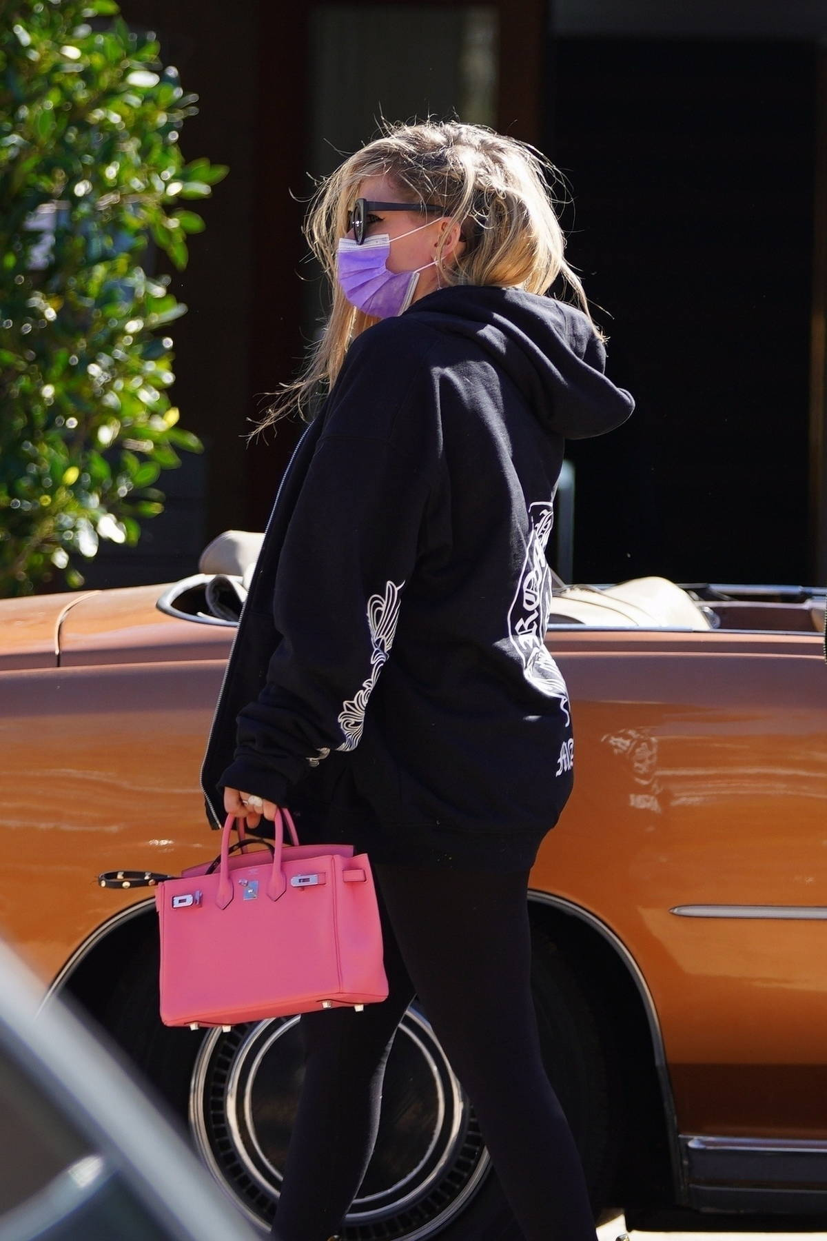 Avril Lavigne and Mod Sun seen arriving for lunch at SoHo house in Malibu, California