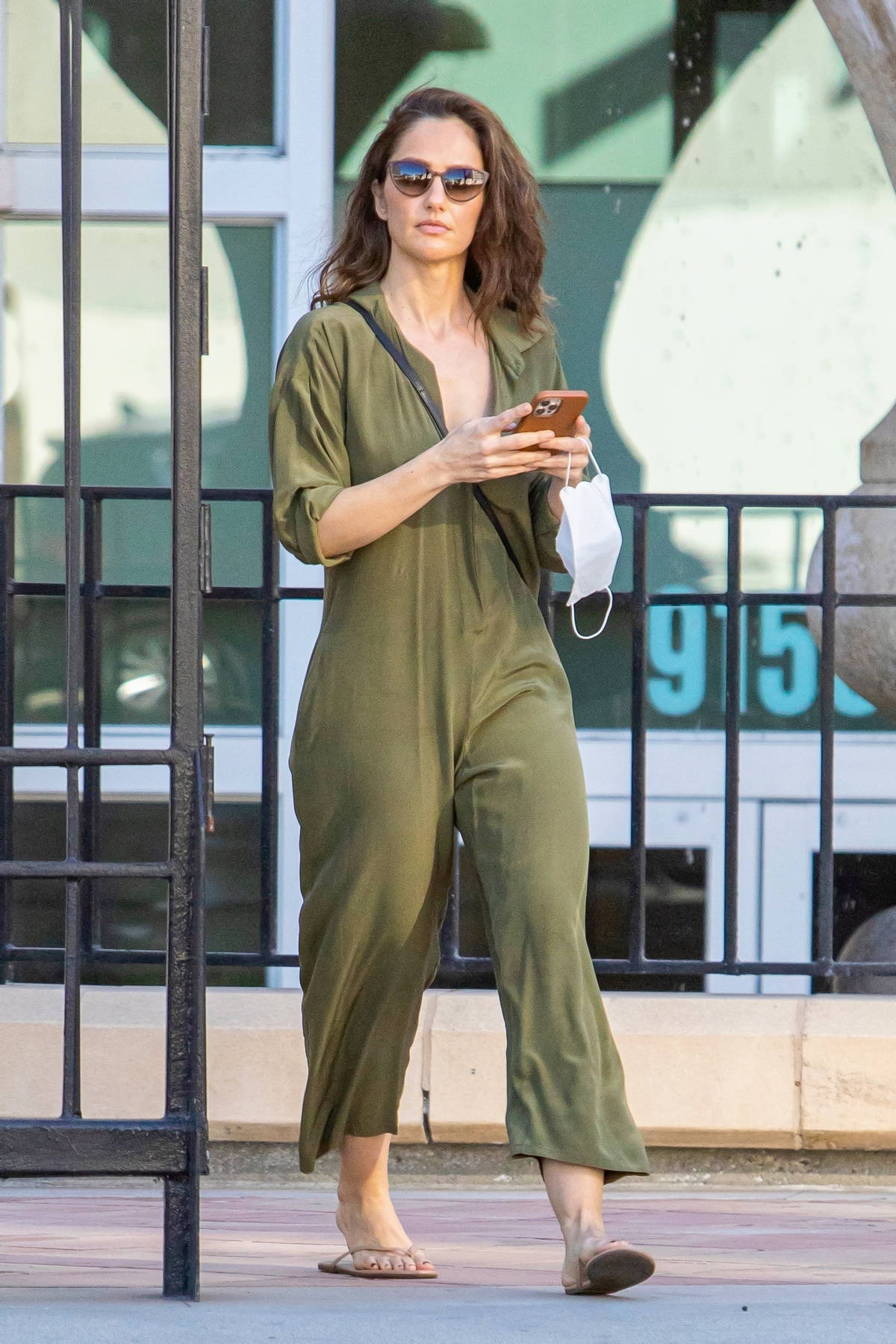 Minka Kelly steps out after boyfriend Trevor Noah purchased a $27.5 Million Bel-Air home in Los Angeles