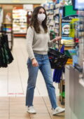 Alison Brie keeps it casual while shopping for groceries at Gelson's Supermarket in Los Angeles