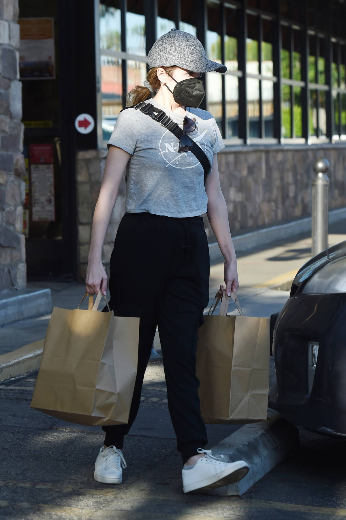 Anna Kendrick picks up some groceries at Gelson's in Los Angeles
