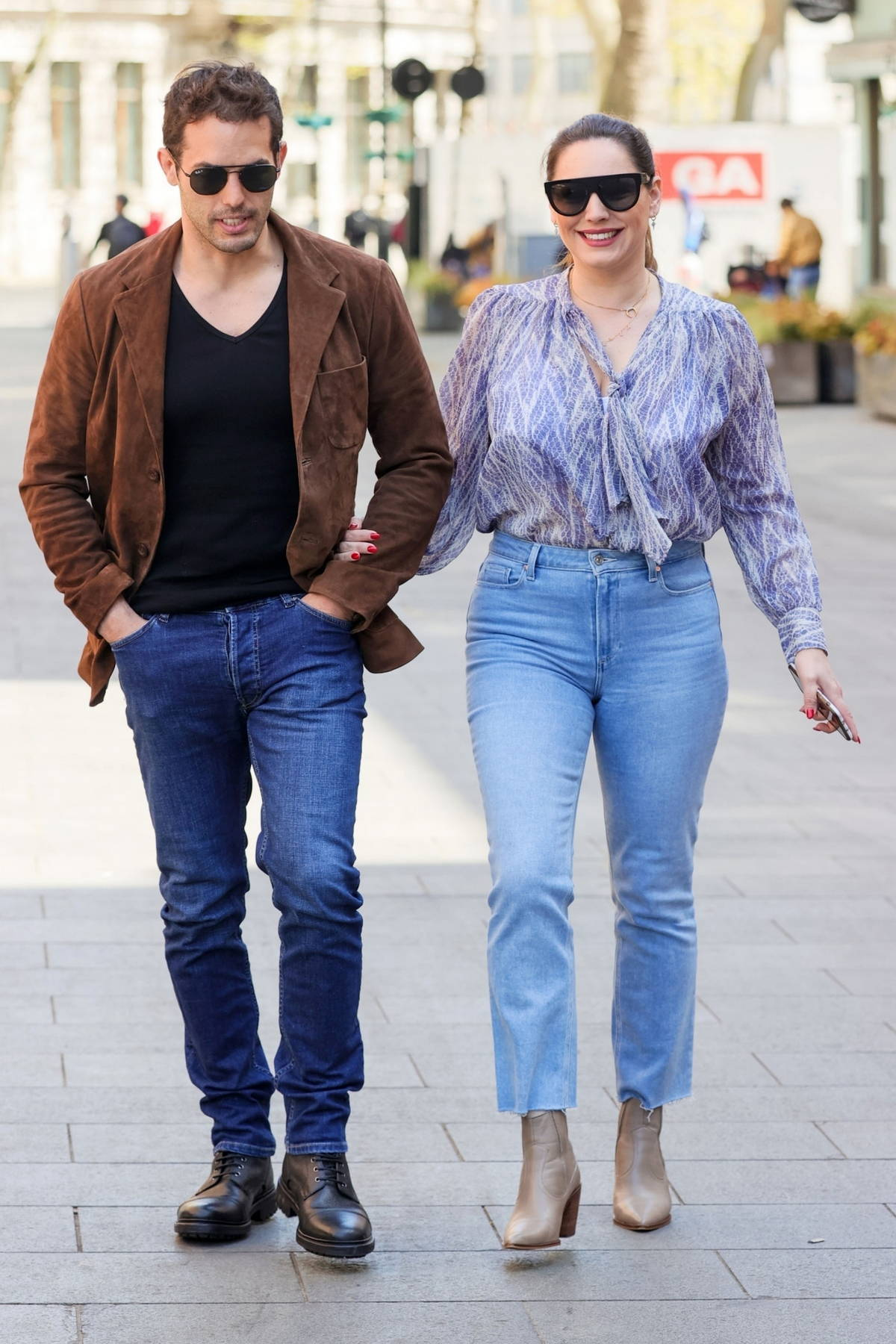 Kelly Brook the enjoys a lunch date with boyfriend Jeremy Parisi before heading to work at Global Radio in London, UK