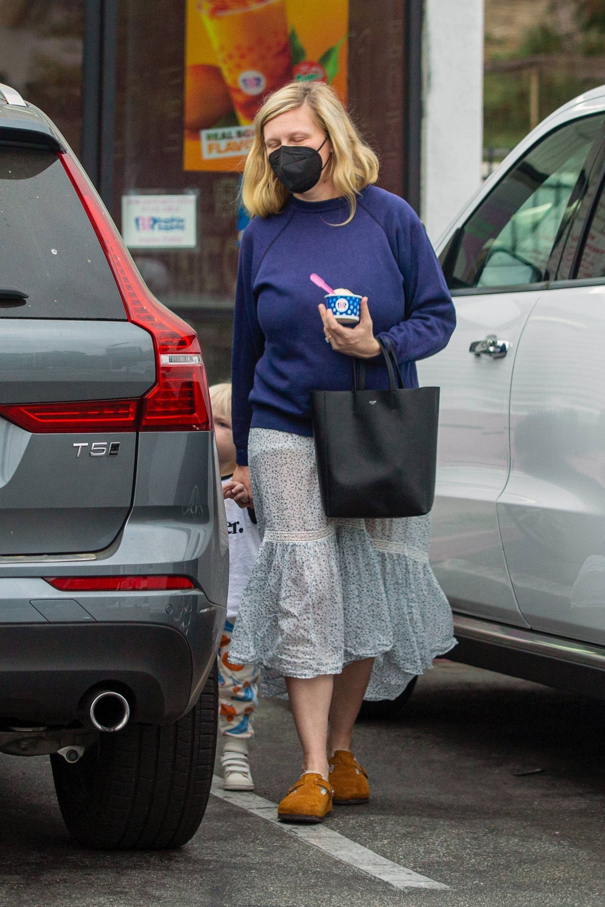 Kirsten Dunst takes her son out for some ice cream at Baskin-Robbins in Los Angeles