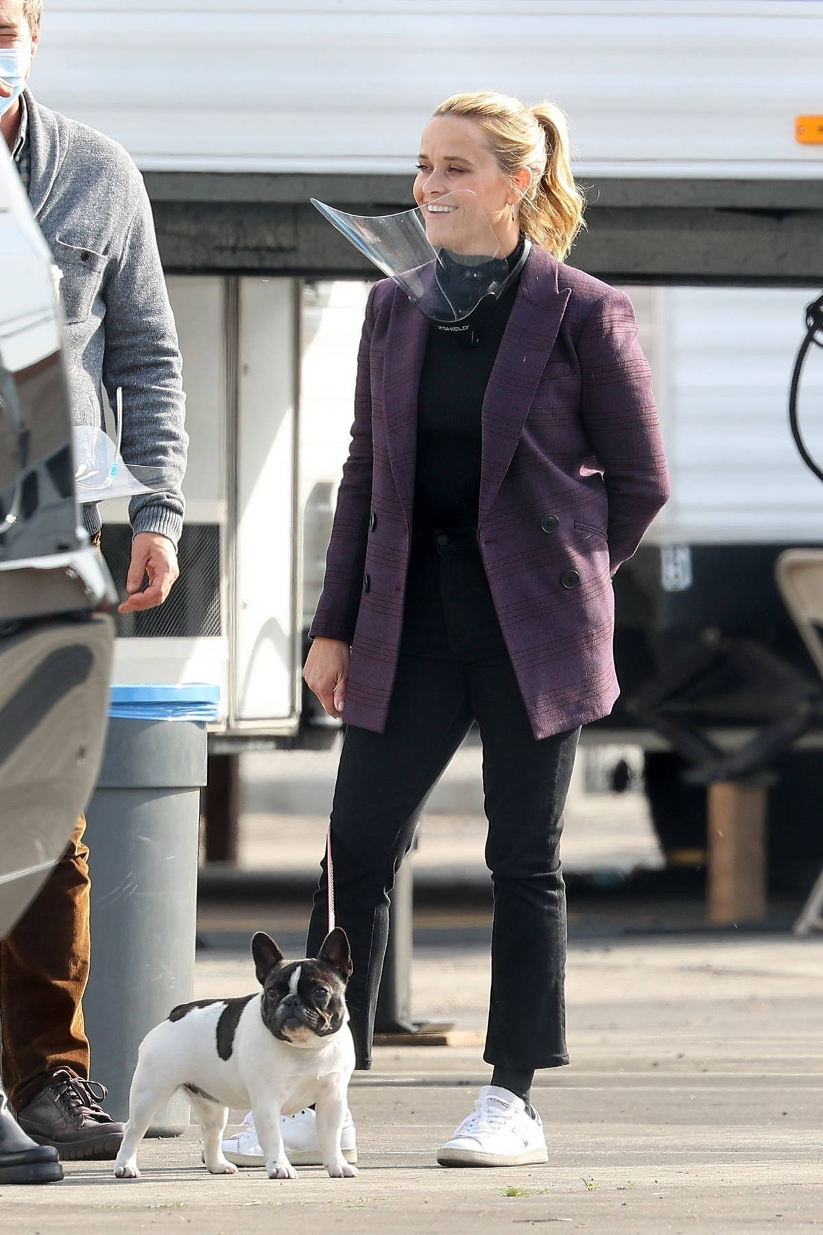 Reese Witherspoon brings her dog along to work on the set of 'The Morning Show' in Los Angeles