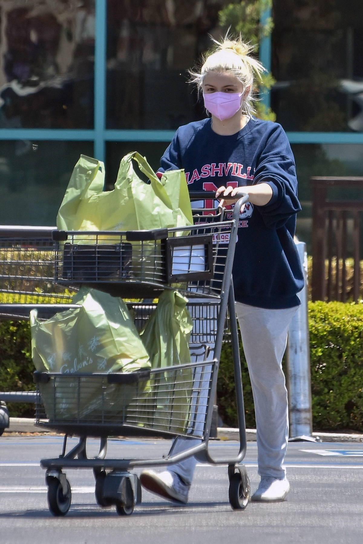 Ariel Winter dons comfy sweats while picking up essentials at a local market in Studio City, California