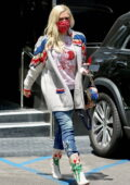 Gwen Stefani dons a colorful ensemble as she shops for new jewelry at XIV Karats in Beverly Hills, California