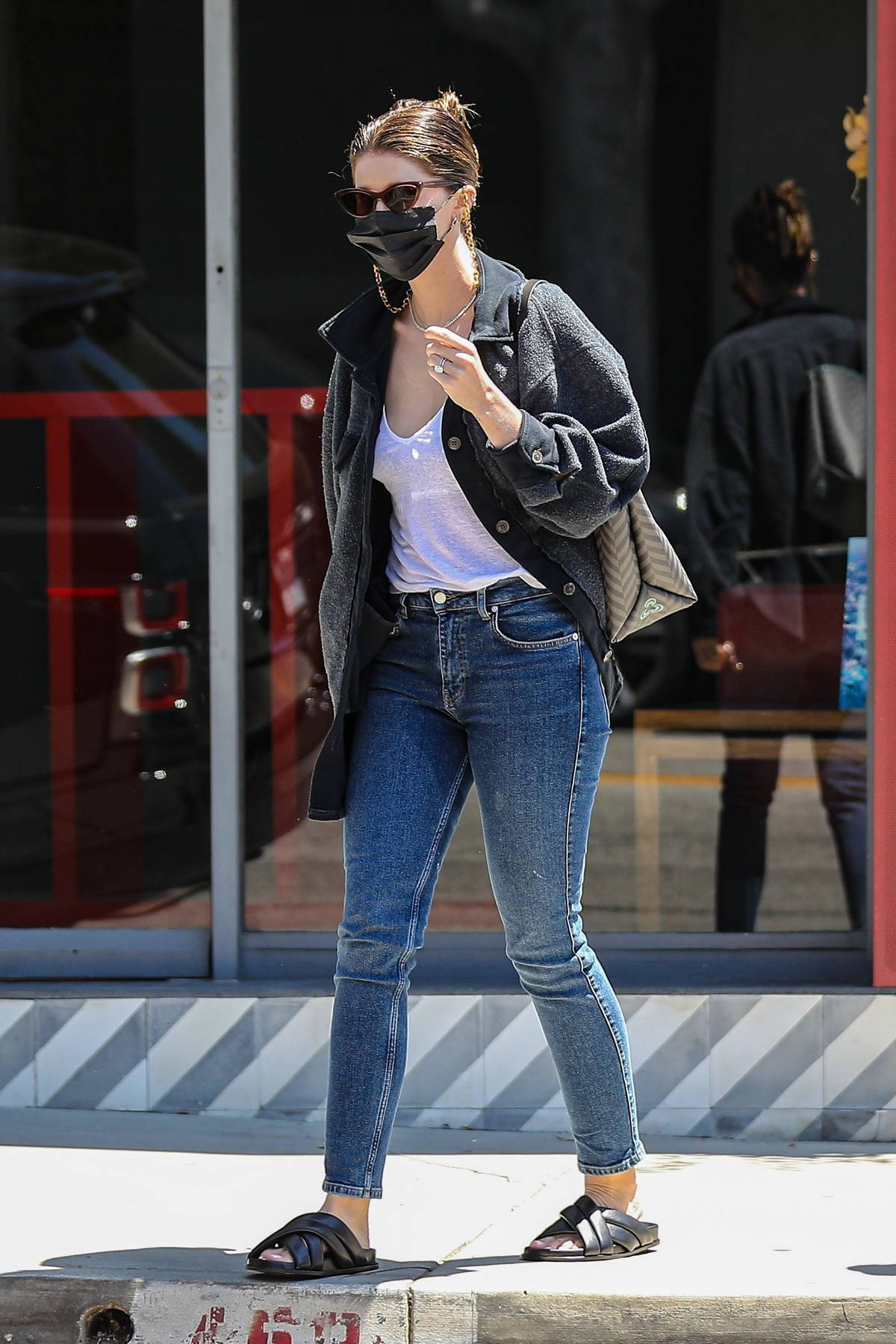 Katherine Schwarzenegger leaves the salon with her hair wet after a pampering session in West Hollywood, California
