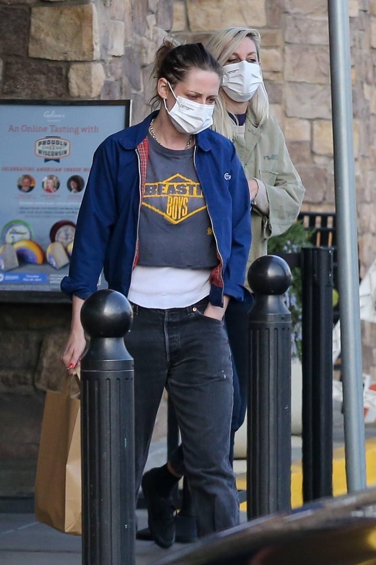 Kristen Stewart rocks a 'Beastie Boys' tee for a trip to the grocery store with girlfriend Dylan Meyer in Los Feliz, California
