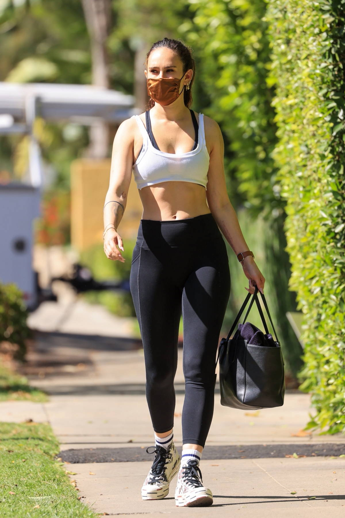 Rumer Willis flashes her abs in a crop top and leggings as she hits her Pilates class in West Hollywood, California