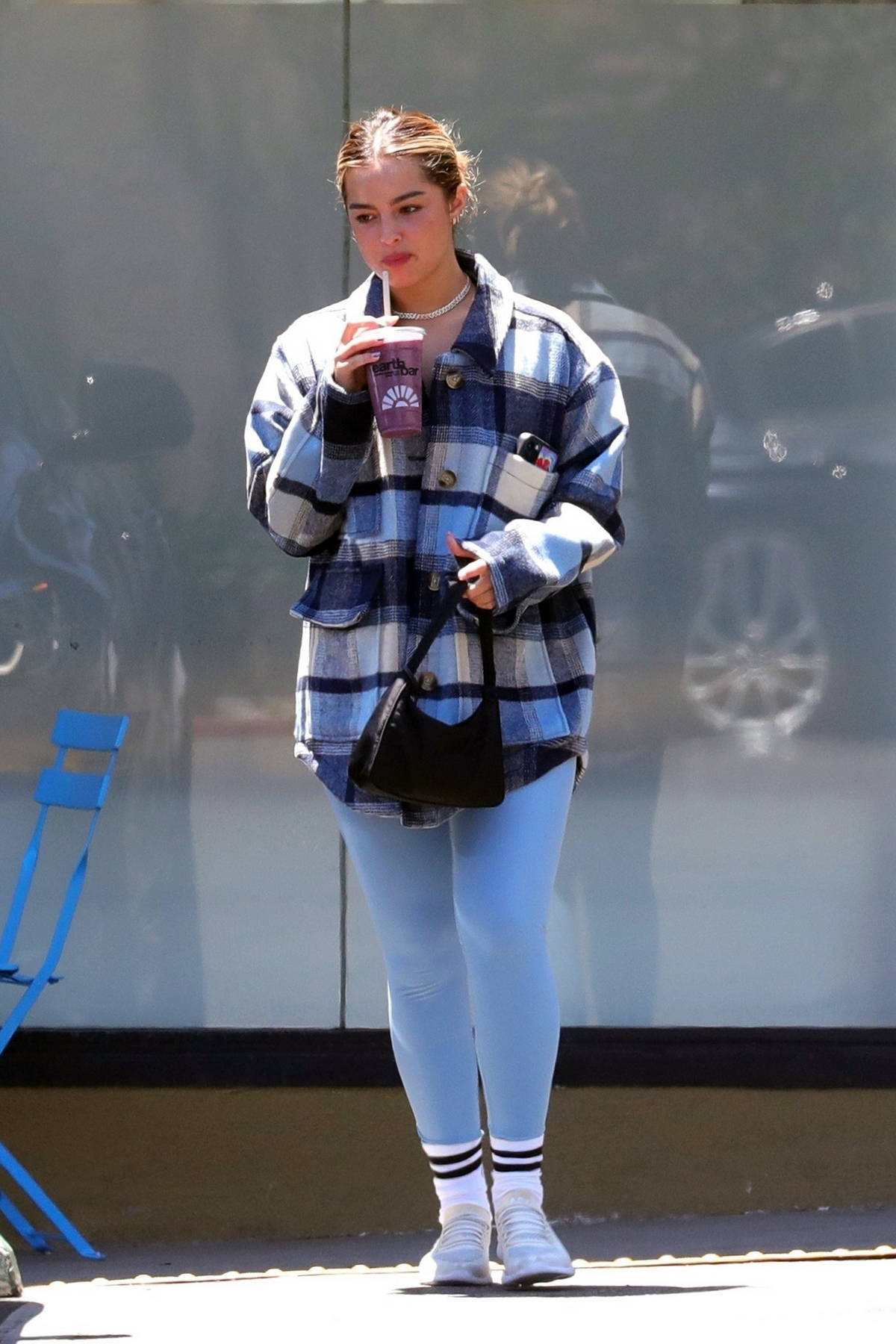 Addison Rae grabs a post-workout juice at Earth Bar in West Hollywood, California