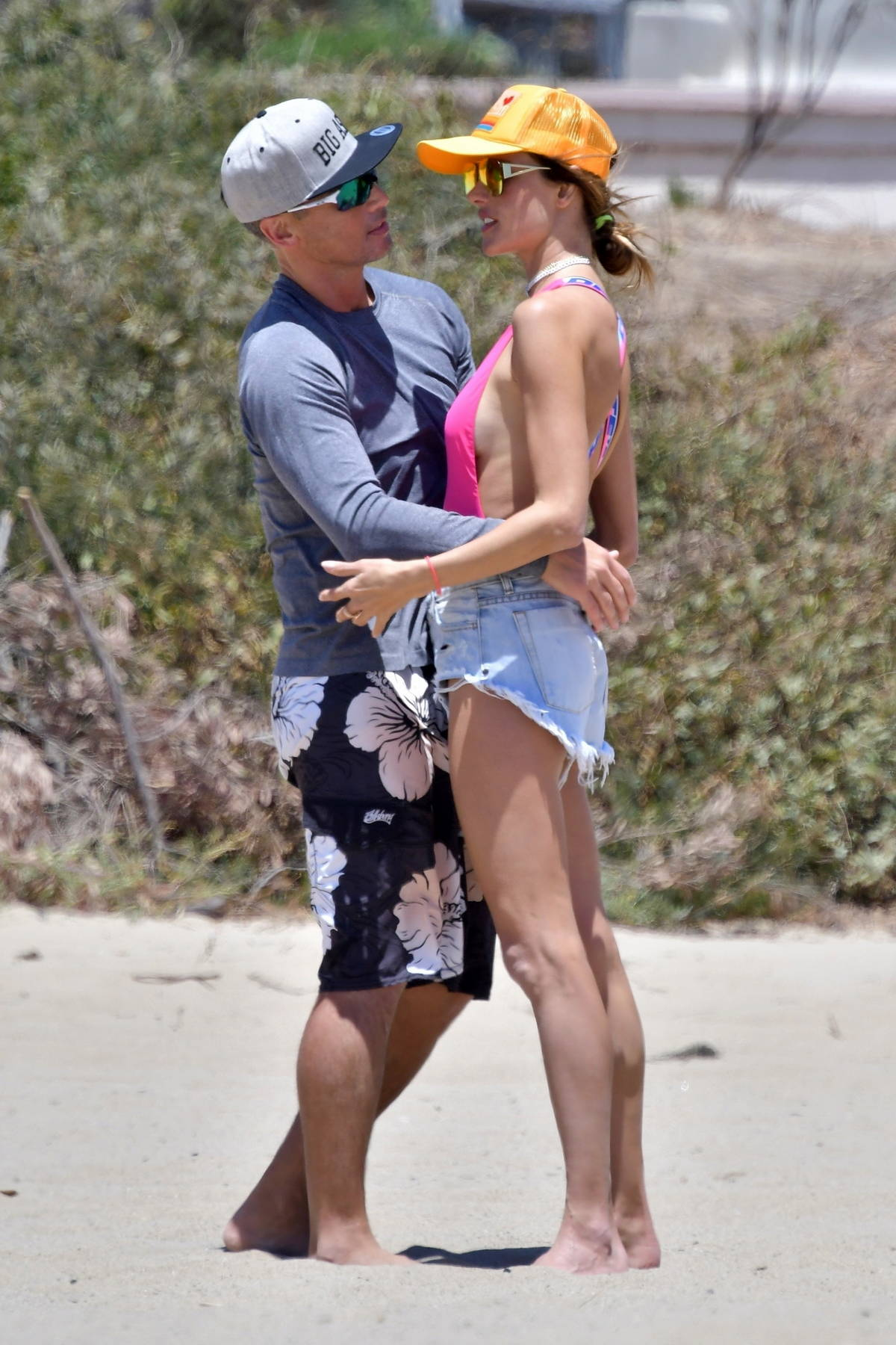 Alessandra Ambrosio packs on the PDA with boyfriend Richard Lee while playing beach volleyball in Santa Monica, California