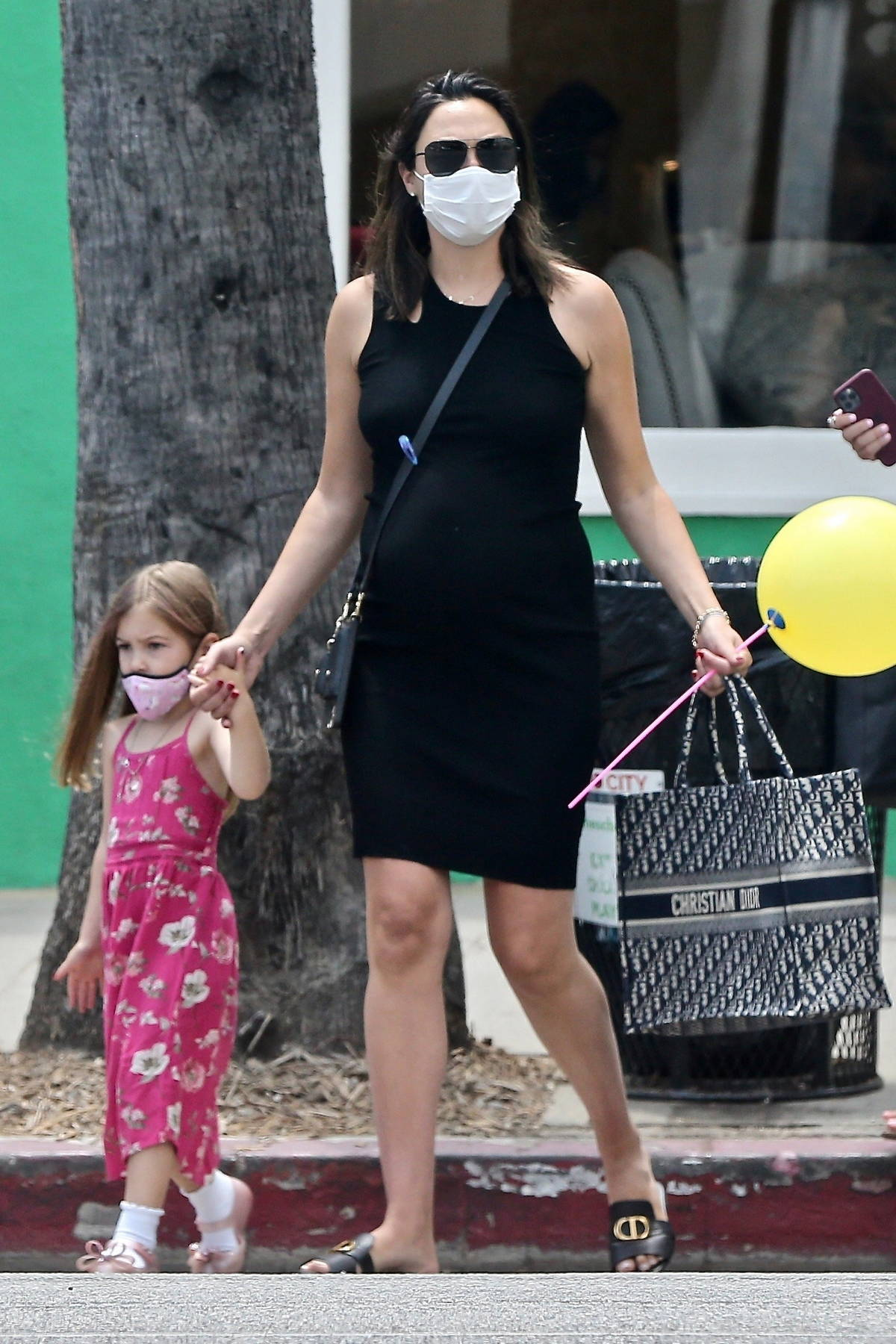 Gal Gadot takes her daughter to lunch at Mendocino Farms in Studio City, California