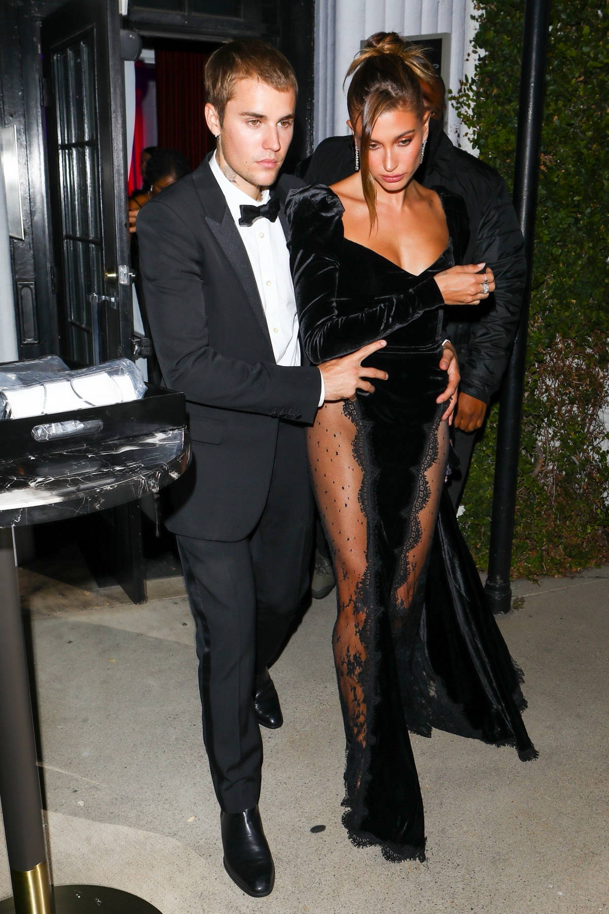 Hailey and Justin Bieber step out to celebrate the grand opening of Justin's art gallery auction in West Hollywood, California