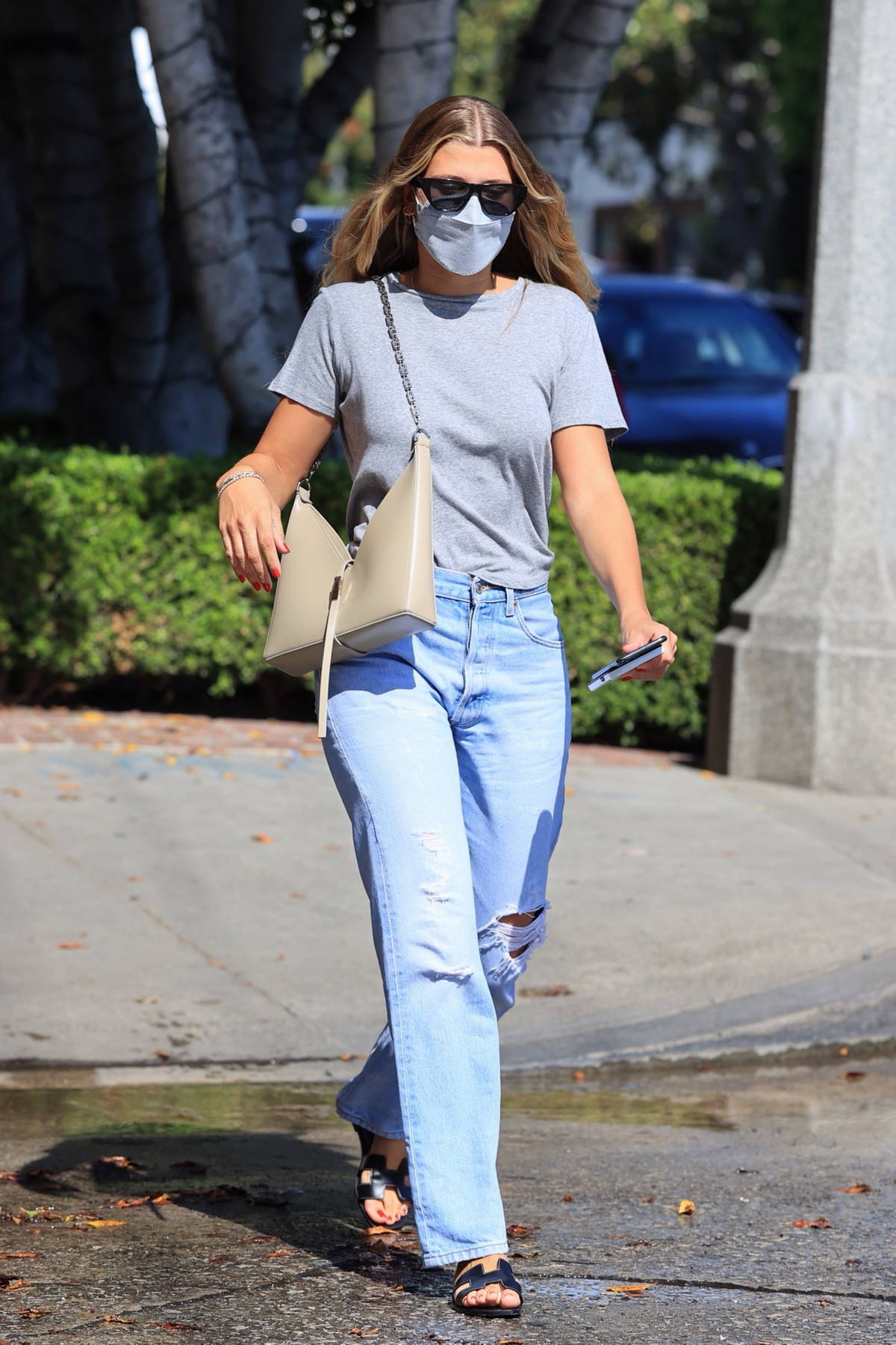 Sofia Richie steps out for some shopping with boyfriend Elliot Grainge on Melrose Place in West Hollywood, California