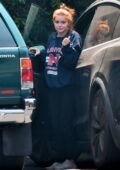 Ariel Winter keeps it cozy in sweats while dropping off her dogs at the vet in Los Angeles