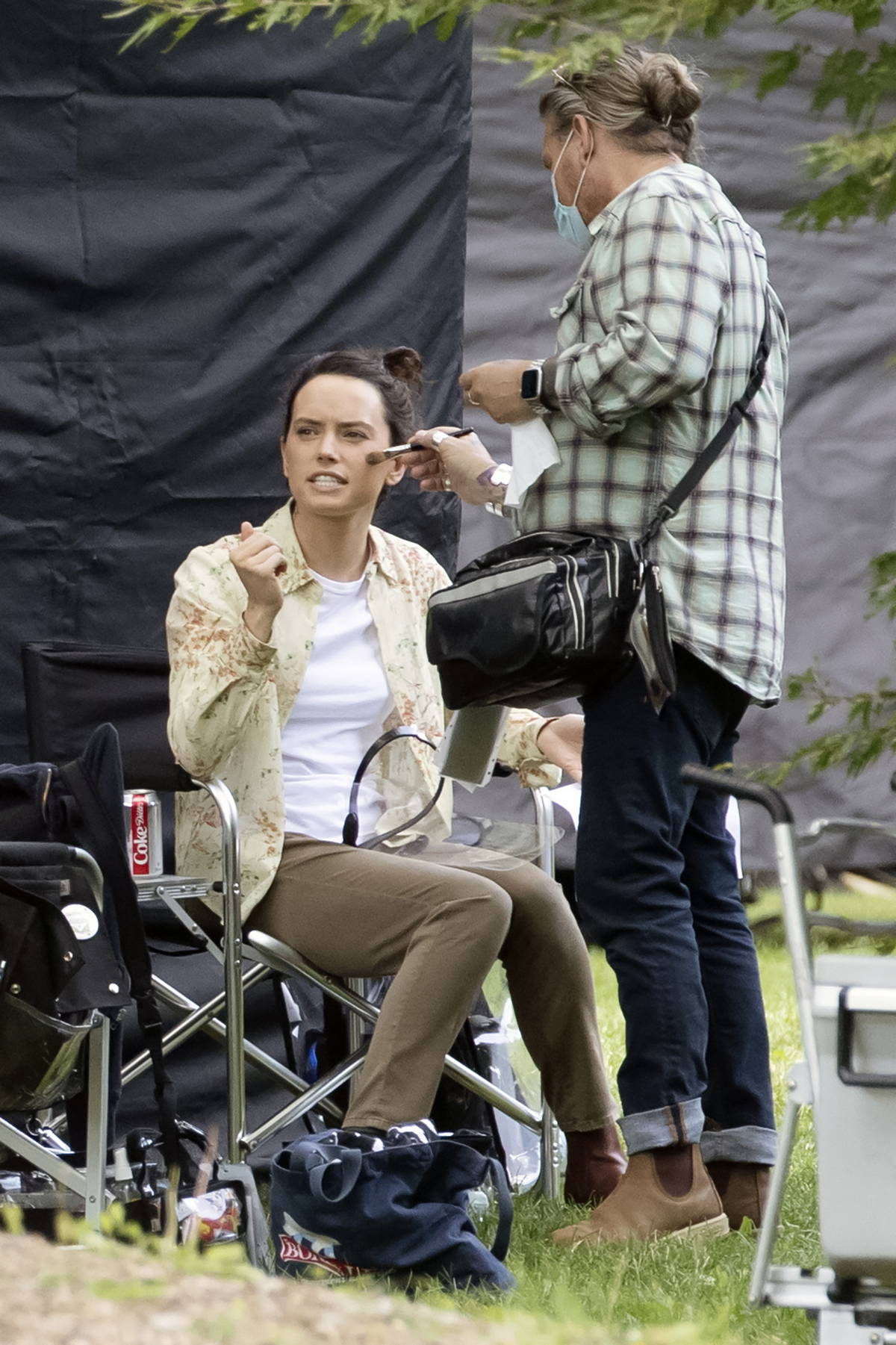 """Daisy Ridley spotted on set of her new movie """"The Marsh King's Daughter"""" as she she wraps up filming in Toronto, Canada"""