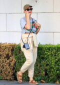 Katy Perry wears a vintage Pink Floyd crop top tee during a casual outing in West Hollywood, California