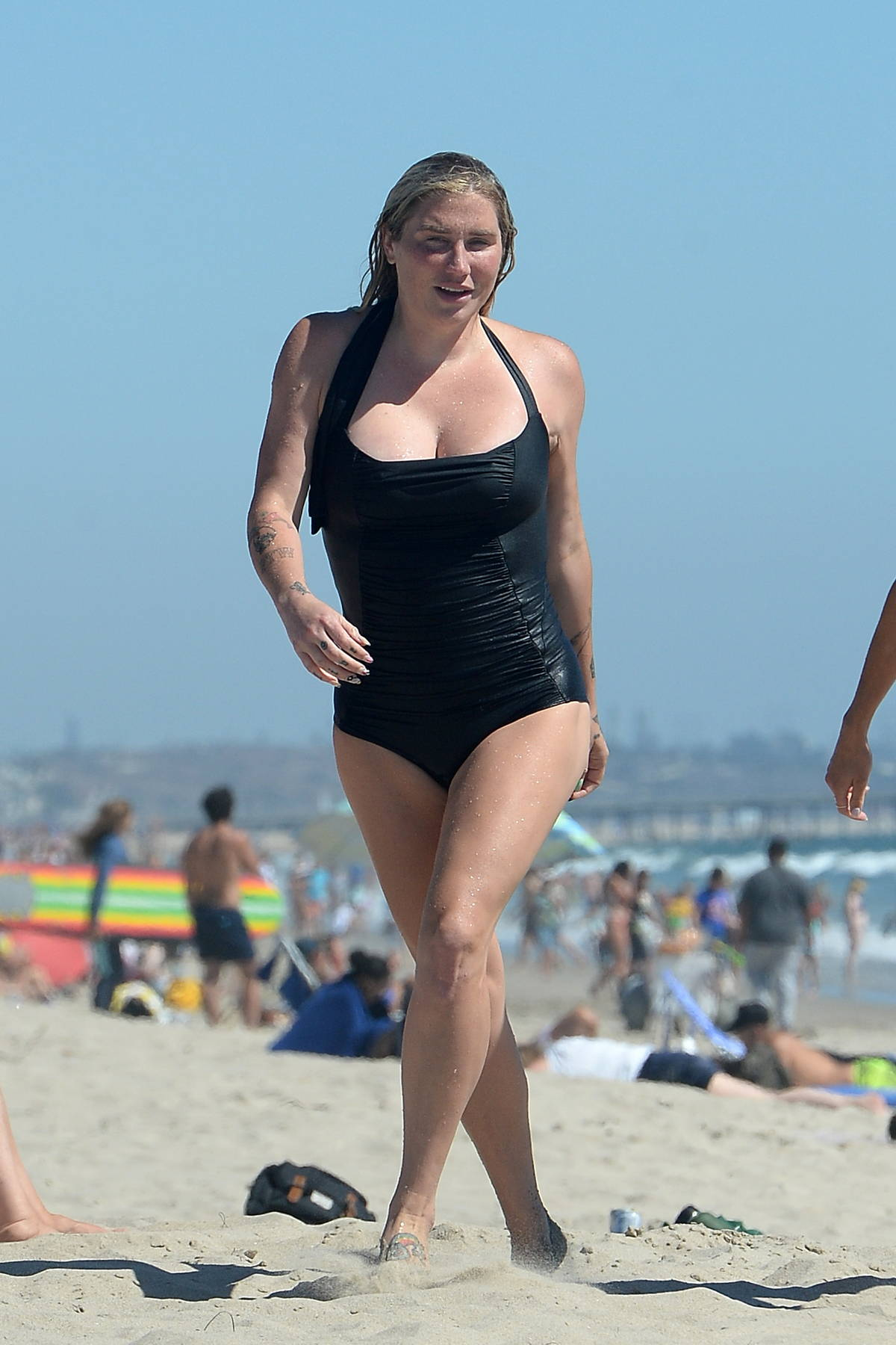 Kesha Sebert spotted in a black swimsuit as she hits the beach with friends in Los Angeles