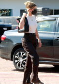 Sofia Richie grabs lunch before out for some shopping in Malibu, California