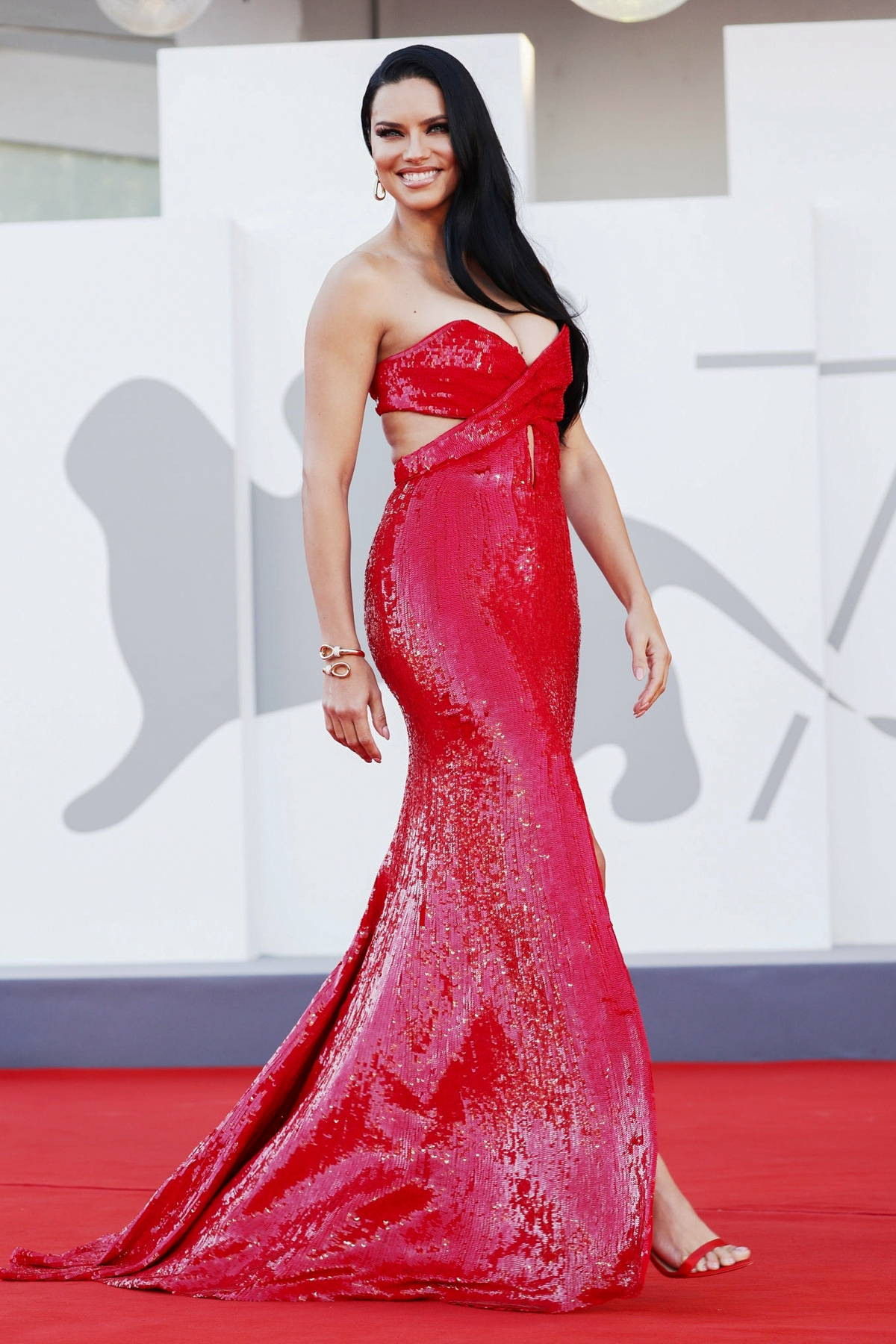 Adriana Lima attends the Premiere of 'Madres Paralelas' during the 78th Venice International Film Festival in Venice, Italy