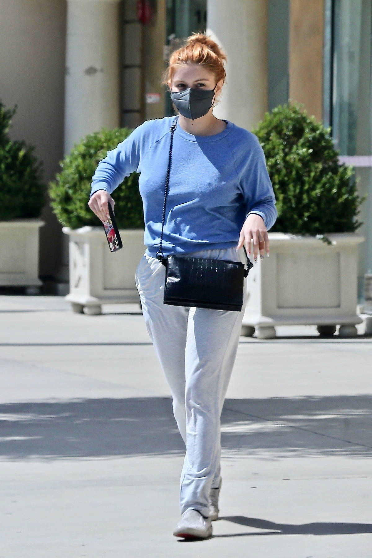 Ariel Winter stays cozy in sweats while visiting a skin care clinic in Los Angeles
