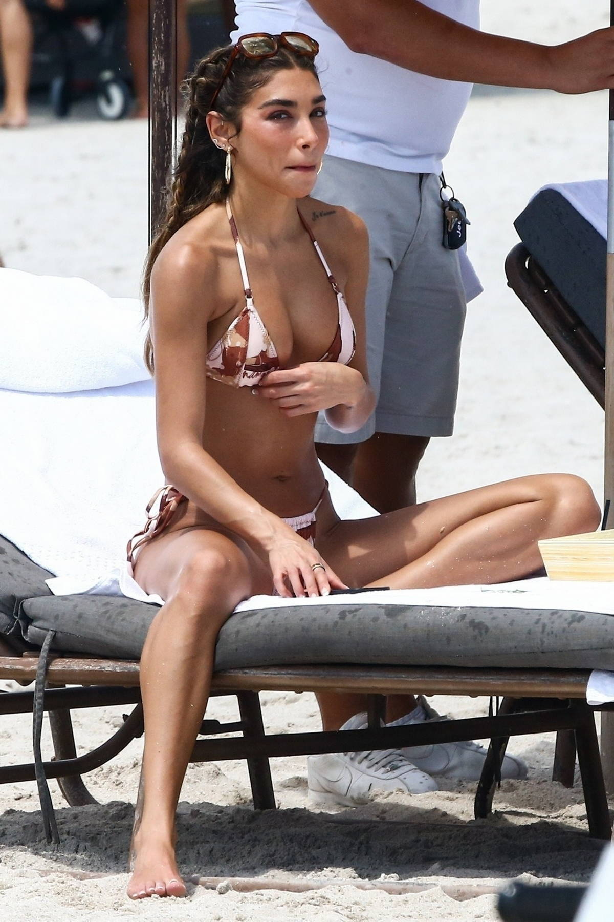 Chantel Jeffries shows off her bikini body while relaxing at the beach with a friend in Miami, Florida