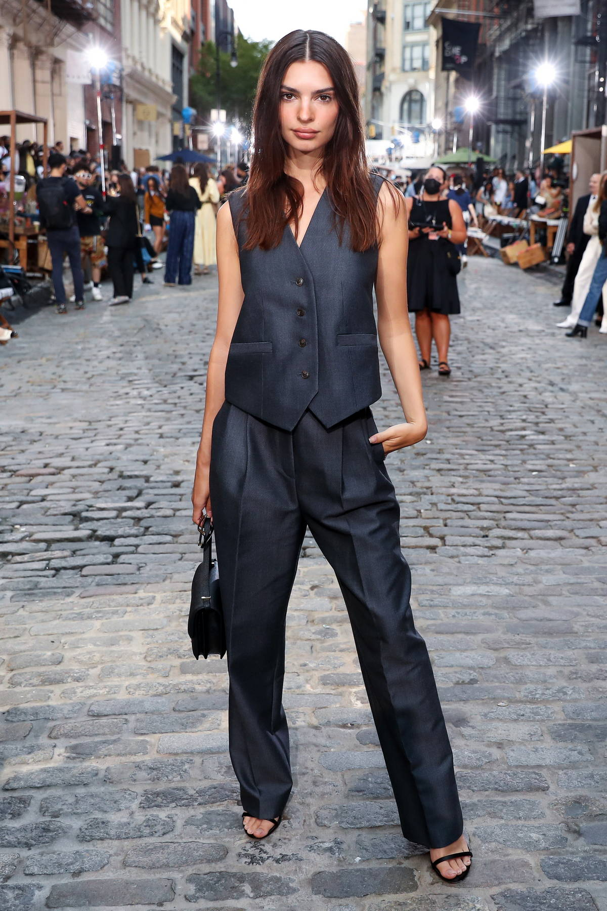 Emily Ratajkowski looks classy at the Tory Burch fashion show during New York Fashion Week in New York City