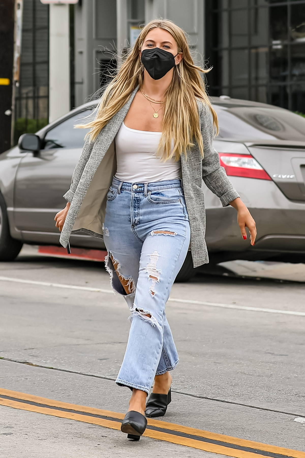 Julianne Hough rocks ripped jeans with a blazer while out for lunch at Gracias Madre in West Hollywood, California