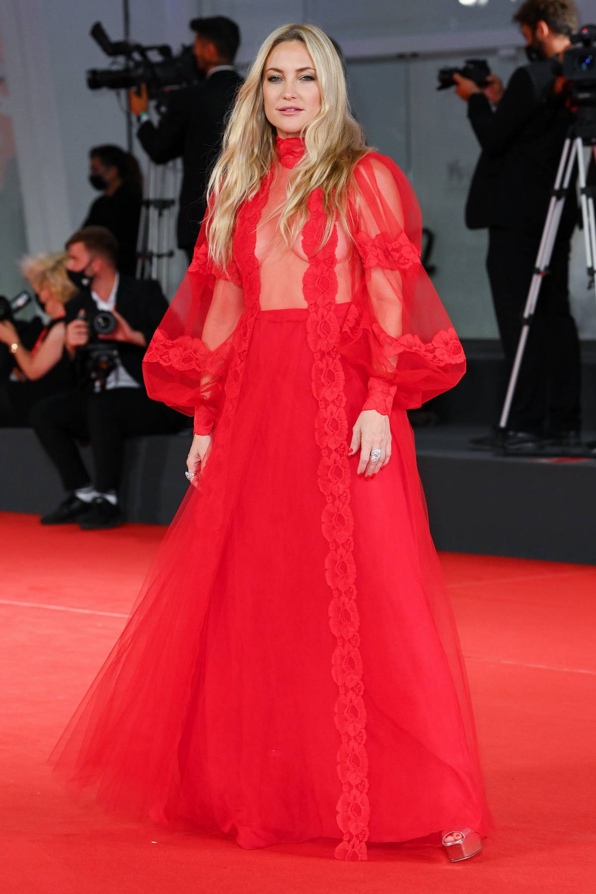 Kate Hudson attends the Premiere of 'Mona Lisa And The Blood Moon' during the 78th Venice International Film Festival in Venice, Italy