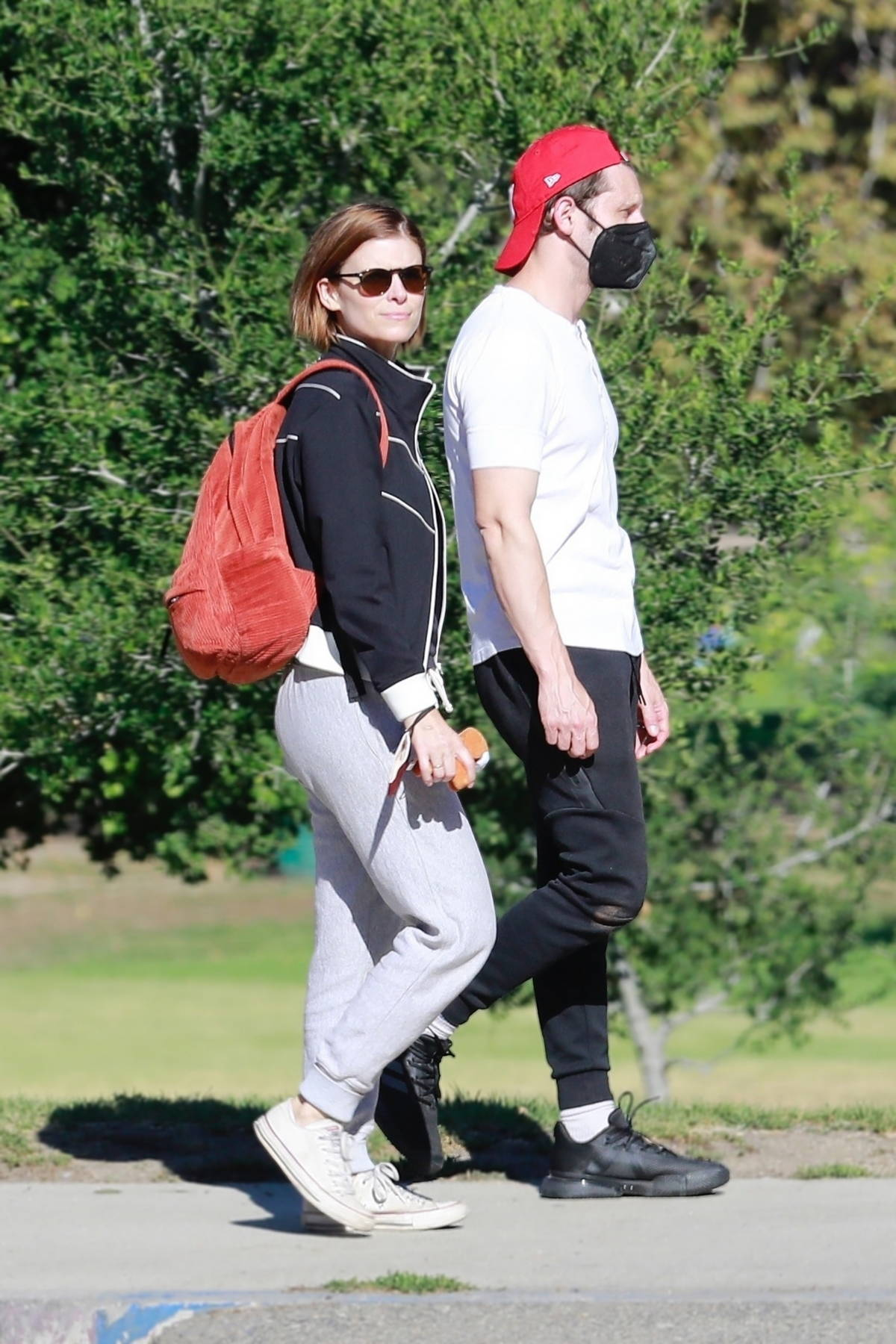 Kate Mara and Jamie Bell make one happy family while riding the carousel with their daughter in Los Feliz, California
