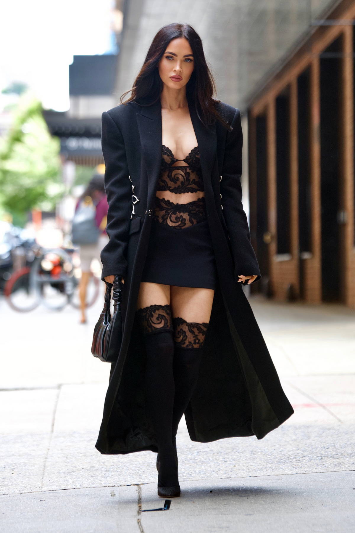 Megan Fox looks gorgeous in all-black ensemble while heading to a fitting in New York City