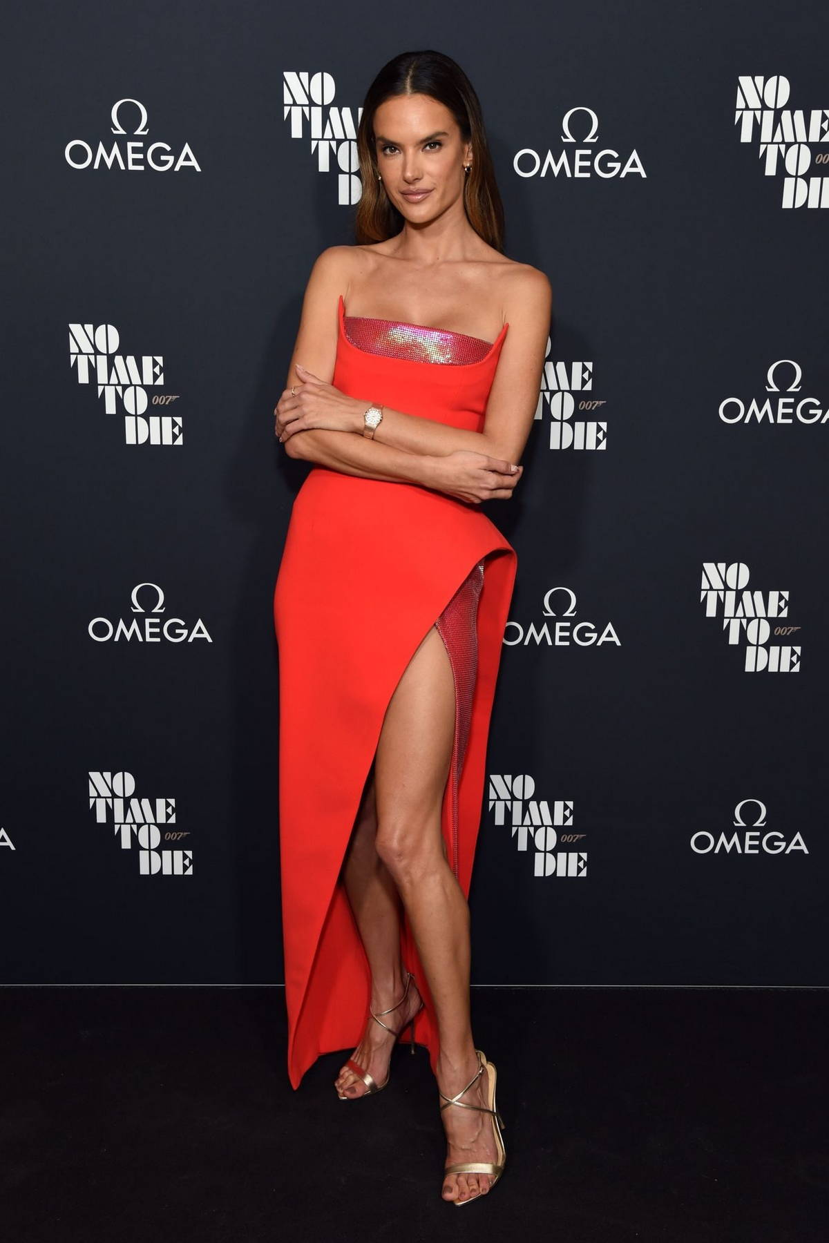 Alessandra Ambrosio attends the 007 'No Time To Die' release celebration with OMEGA in Los Angeles
