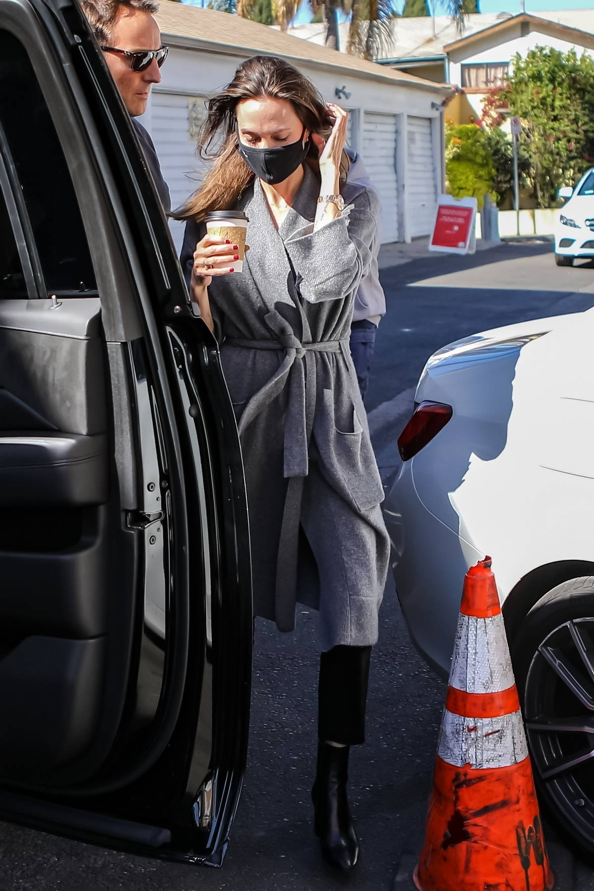 Angelina Jolie hits up Catwalk designer vintage clothing store in the Fairfax district, Los Angeles