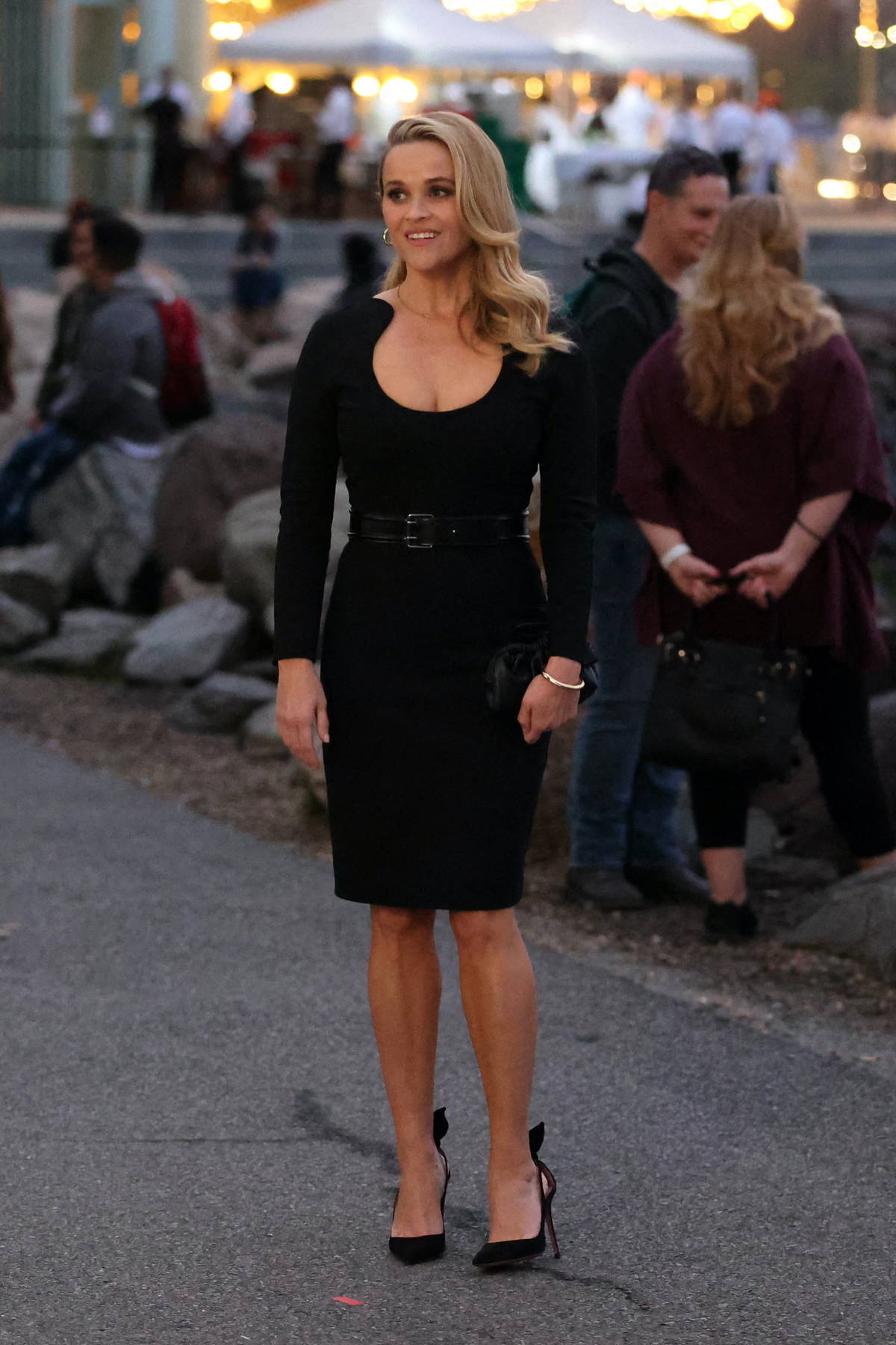 Reese Witherspoon looks amazing in black dress while filming 'Your Place or Mine' in Brooklyn, New York